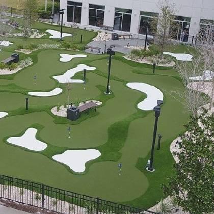 synlawn-mini-golf-turf-construction